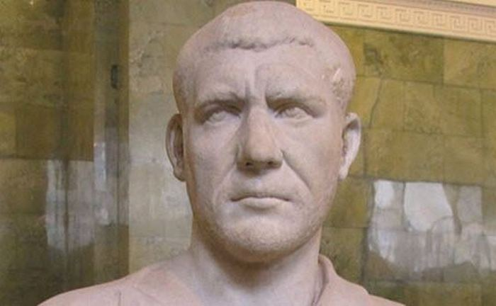 Филипп Араб - первый христианский император.