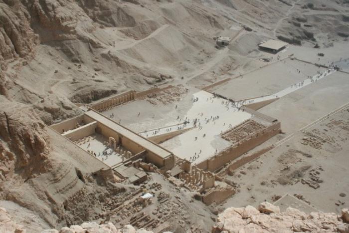Заупокойный храм Хатшепсут в Дейр-эль-Бахри | Фото: liveinternet.ru